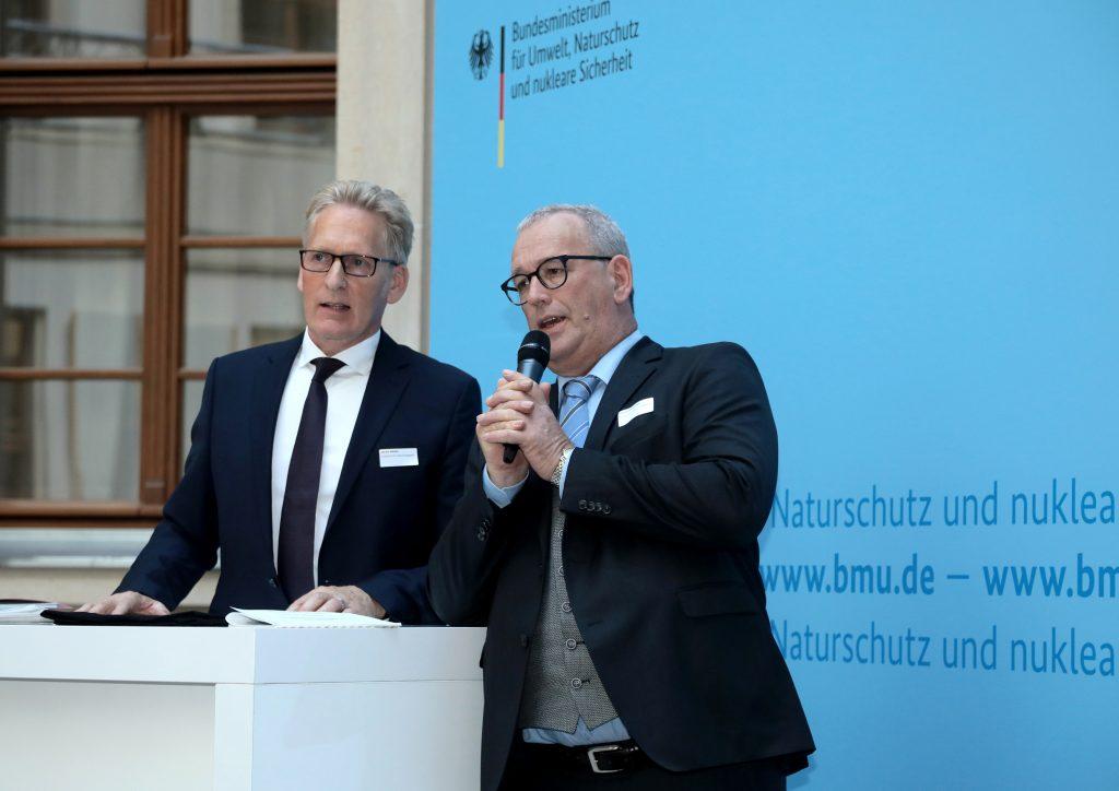 Papieratlas-Veranstaltung 2018, v.l.n.r: Sönke Nissen (Geschäftsführer der IPR), Ulrich Feuersinger (Sprecher der IPR), Foto: Foto Kirsch